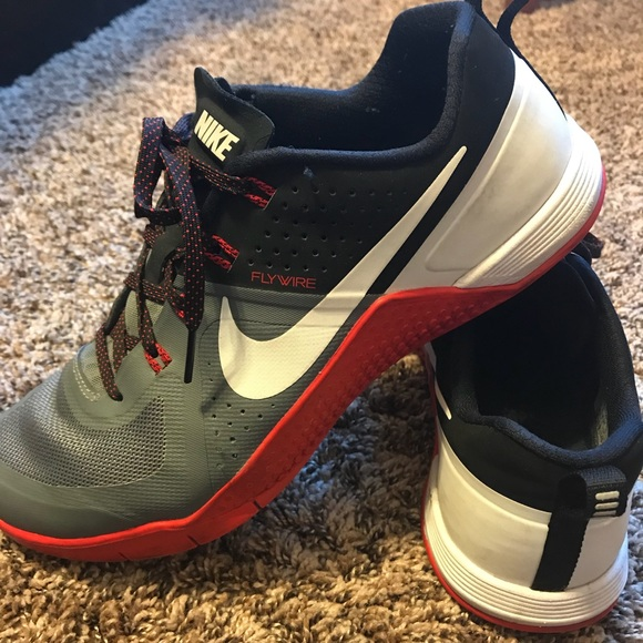 0e329b1f5ff0b Men s Nike FLYWIRE training shoes. M 5b61a32cfe5151eec0071297